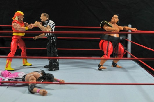 Hulk Hogan Hall of Fame figure - getting into Yokozuna Bret Hart match