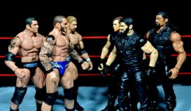 Randy Orton Mattel WWE Elite 35 -Evolution facing off with The Shield