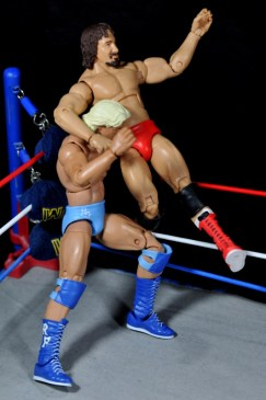 Ric Flair Defining Moments figure review - knee smash on Terry Funk