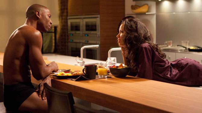 Temptations of a Marriage Counselor - Robbie Jones and Jurnee Smollet-Bell