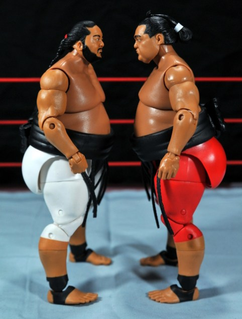 Yokozuna figure review Hall of Fame - face off with Elite 15 Yokozuna