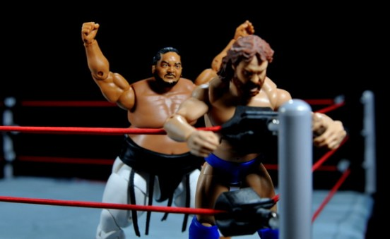 Yokozuna figure review Hall of Fame - splashing Hacksaw Jim Duggan