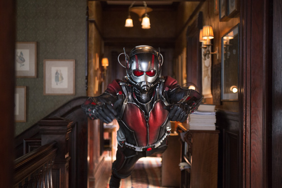 Ant-Man zooming