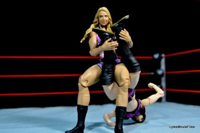 Emma WWE Mattel Basic 30 -sharpshooter