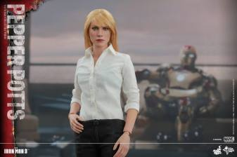 Hot Toys Iron Man 3 Pepper Potts -main pic