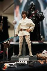Hot Toys SDCC'15 - Luke Skywalker