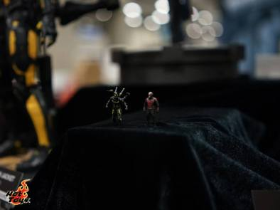 Hot Toys SDCC'15 - mini Yellowjacket and Ant Man