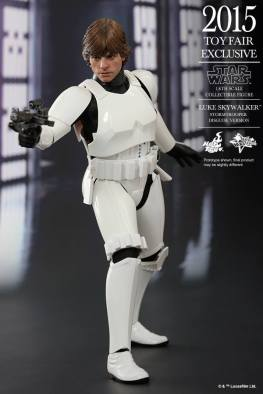 Luke Skywalker stormtrooper disguise Hot Toys -aiming