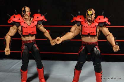 Mattel WWE Elite 30 Legion of Doom - pads with no straps