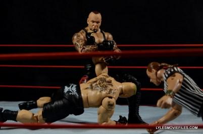 Wrestlemania 30 Undertaker Mattel - kimura lock