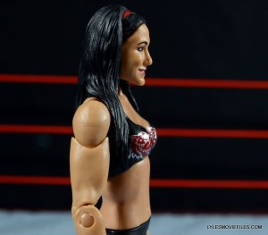brie-bella-mattel-basic-right-profile-close-up