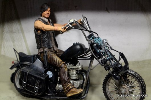 Daryl Dixon Walking Dead deluxe figure -chopper motorcycle right side