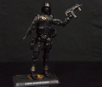 GI Joe Gung-Ho vs Cobra Shadow Guard -CSG with guns and stand