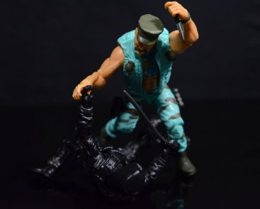 GI Joe Gung-Ho vs Cobra Shadow Guard -Gung-Ho gets the upper hand