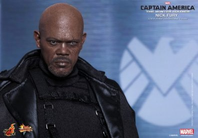 Hot Toys Captain America Winter Solider Nick Fury figure -headsculpt detail