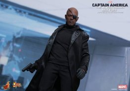 Hot Toys Captain America Winter Solider Nick Fury figure -walking up