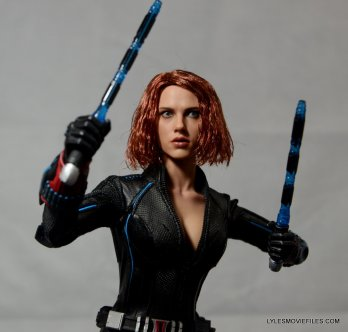 Hot Toys Avengers Age of Ultron Black Widow - ready for battle