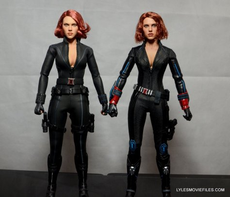 Hot Toys Avengers Age of Ultron Black Widow - side to side with Avengers Black Widow