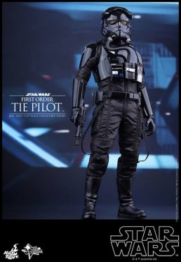 Hot Toys Star Wars Force Awakens Tie Pilot - standing side