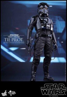 Hot Toys Star Wars Force Awakens Tie Pilot - standing side
