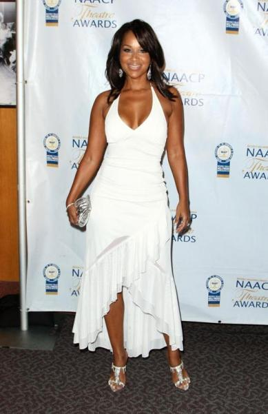 LisaRaye-McCoy-white dress
