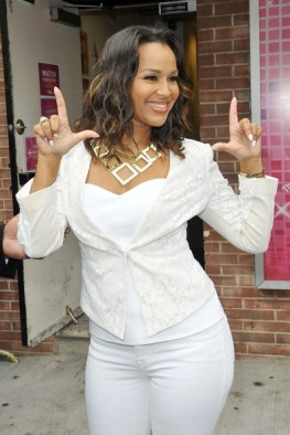 LisaRaye-McCoy-white pants