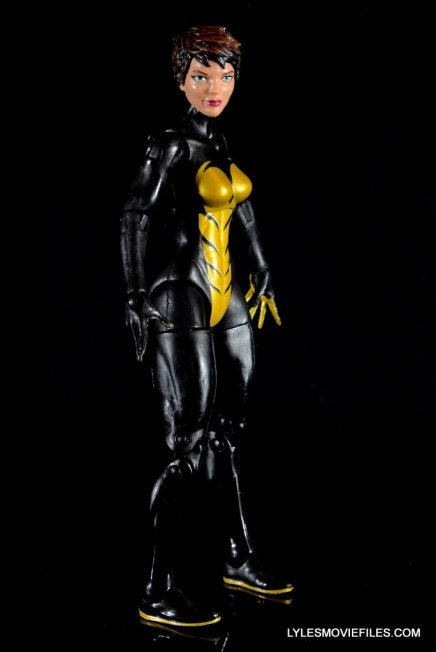 Wasp Marvel Legends figure review -right side