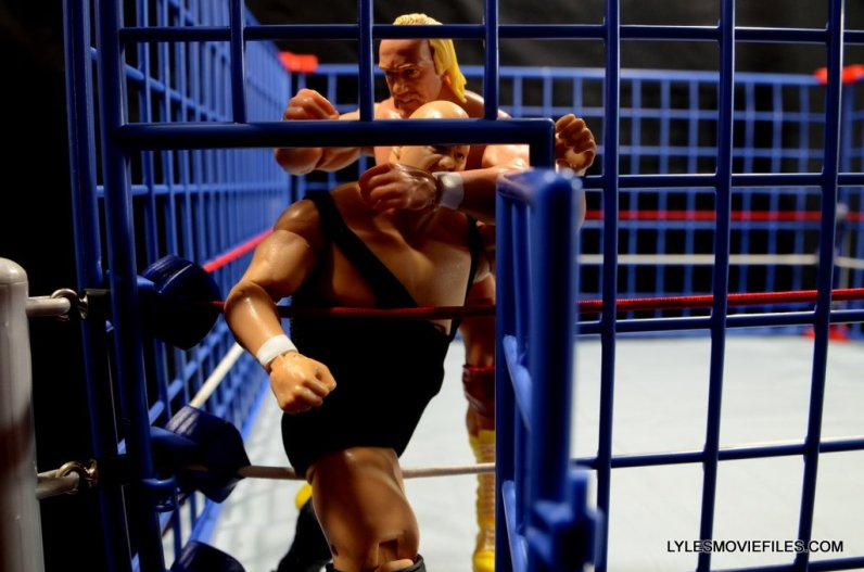 Wicked Cool Toys authentic classic cage -Hogan grabs King Kong Bundy