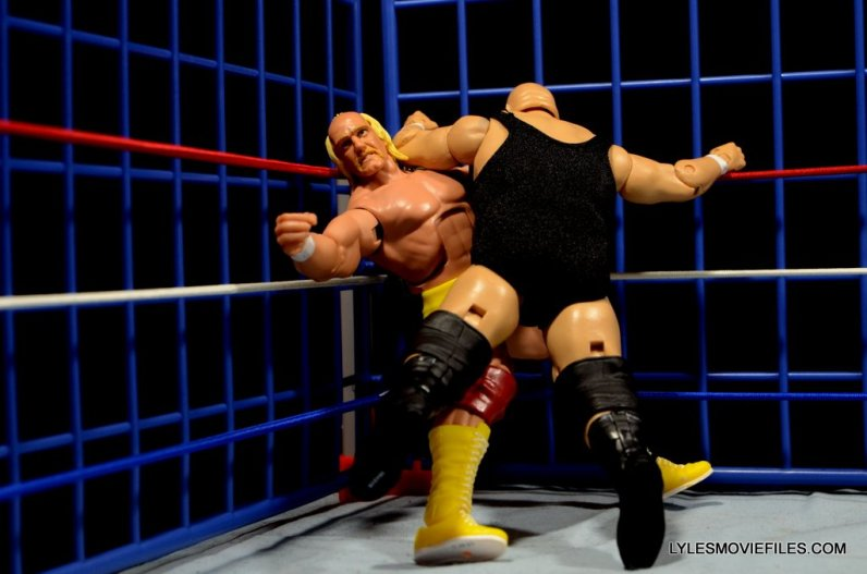 Wicked Cool Toys authentic classic cage -King Kong Bundy avalanching Hogan
