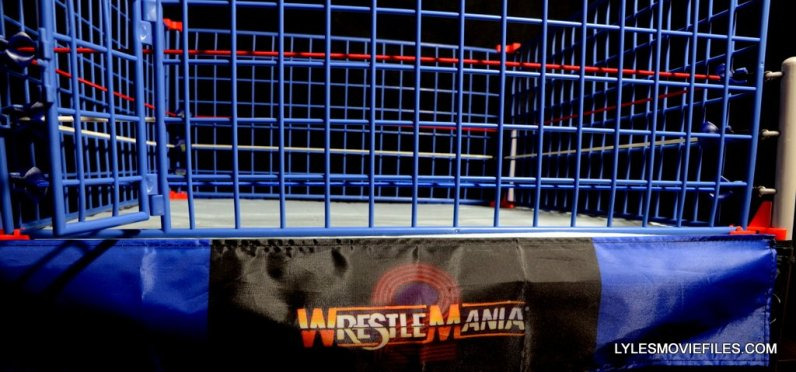 Wicked Cool Toys authentic classic cage -ring apron
