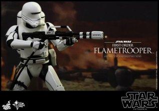 Hot Toys Star Wars Force Awakens First Order Flametrooper -taking aim
