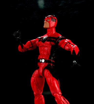 Marvel Legends Giant Man figure review - looking up