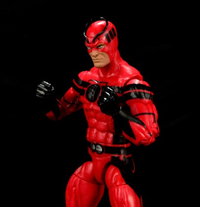 Marvel Legends Giant Man figure review -ready to fight