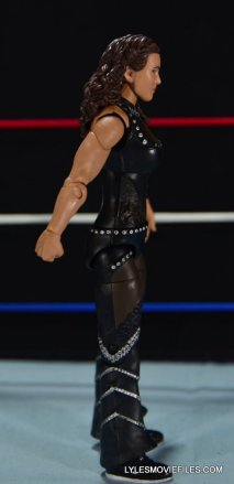 Mattel WWE Elite 37 Stephanie McMahon -right side detail