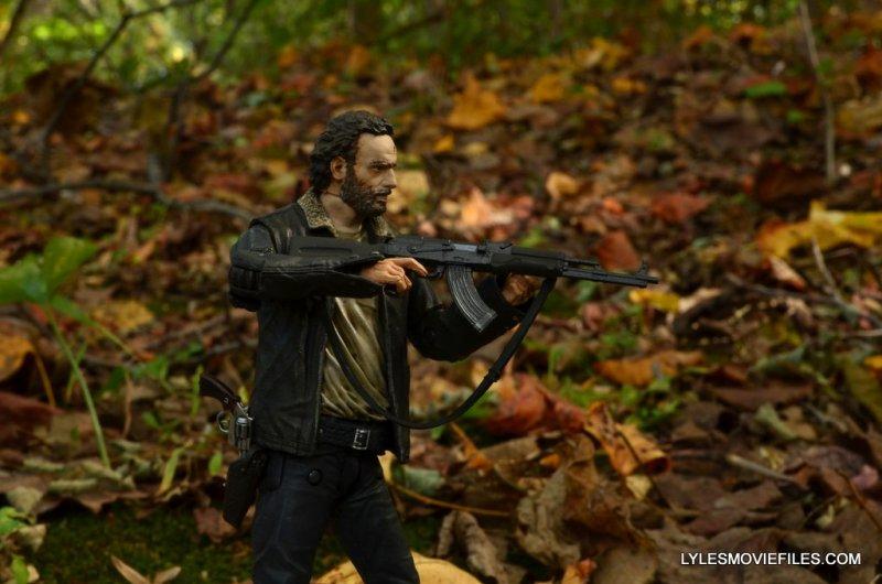 McFarlane Toys Walking Dead Rick Grimes Series 8 -aiming AK-47