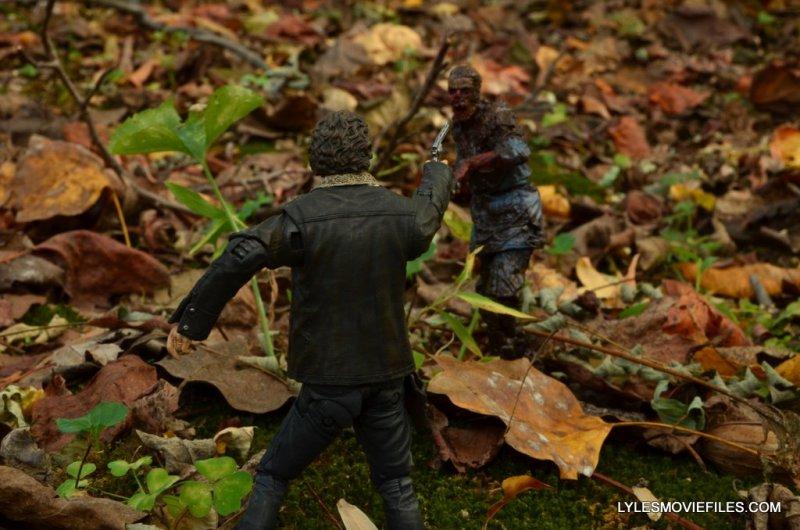 McFarlane Toys Walking Dead Rick Grimes Series 8 -aiming at walker