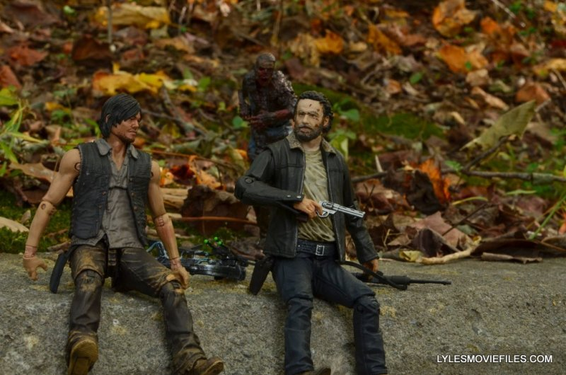 McFarlane Toys Walking Dead Rick Grimes Series 8 - hanging with Daryl Dixon