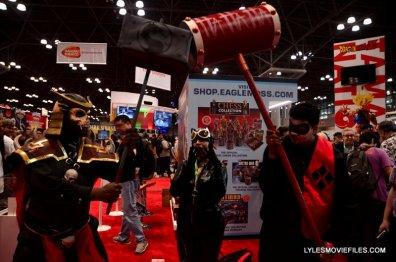 New York Comic Con 2015 cosplay -Mortal Kombat Shao Khan vs Joker