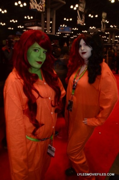 New York Comic Con 2015 cosplay -Poison Ivy and Harley Quinn prisoners