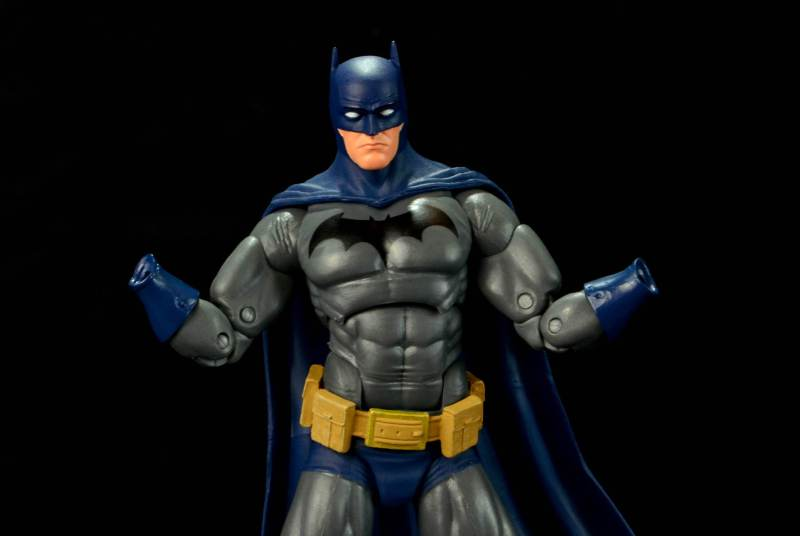 batman-icons-action-figure-last-rites-dcc-no hands