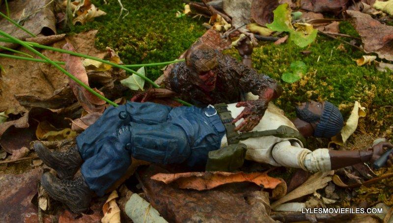 McFarlane Toys Walking Dead Mud Walker - attacking Tyrese