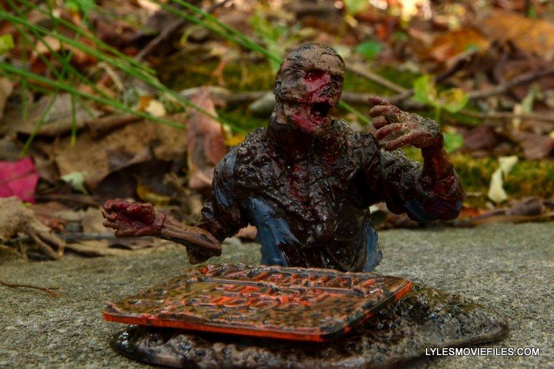 McFarlane Toys Walking Dead Mud Walker - no legs