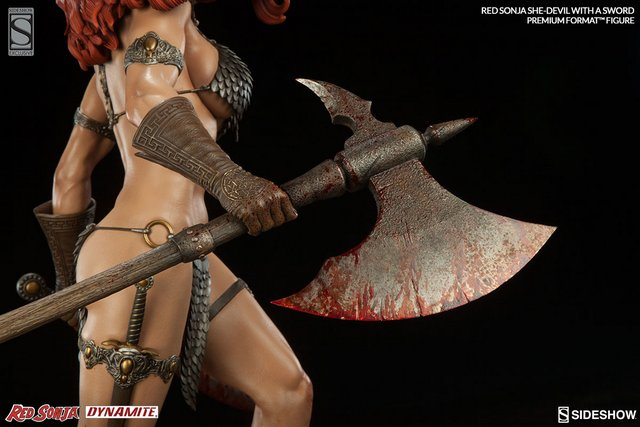 Red Sonja - She Devil with a Sword premium format - axe close up