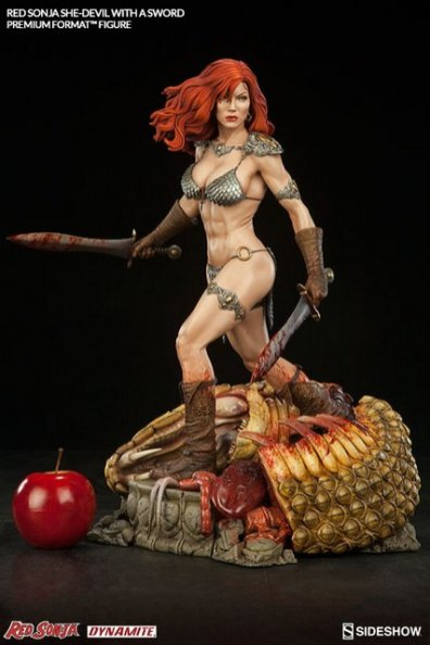 Red Sonja - She Devil with a Sword premium format -scale shot