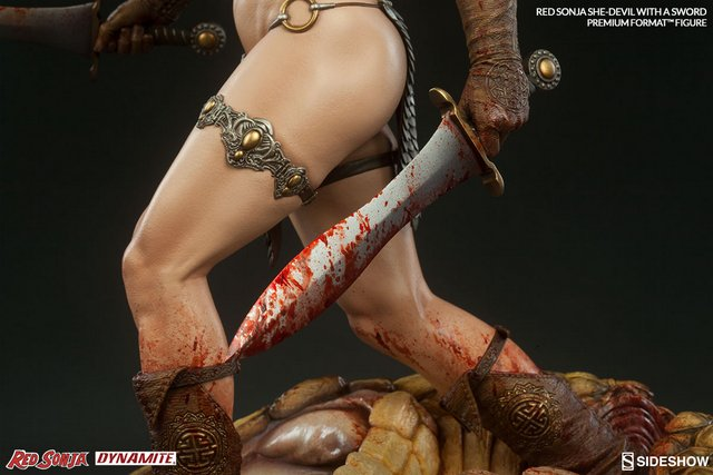 Red Sonja - She Devil with a Sword premium format -sword close up
