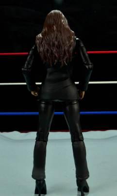 WWE Basic Stephanie McMahon - back shot