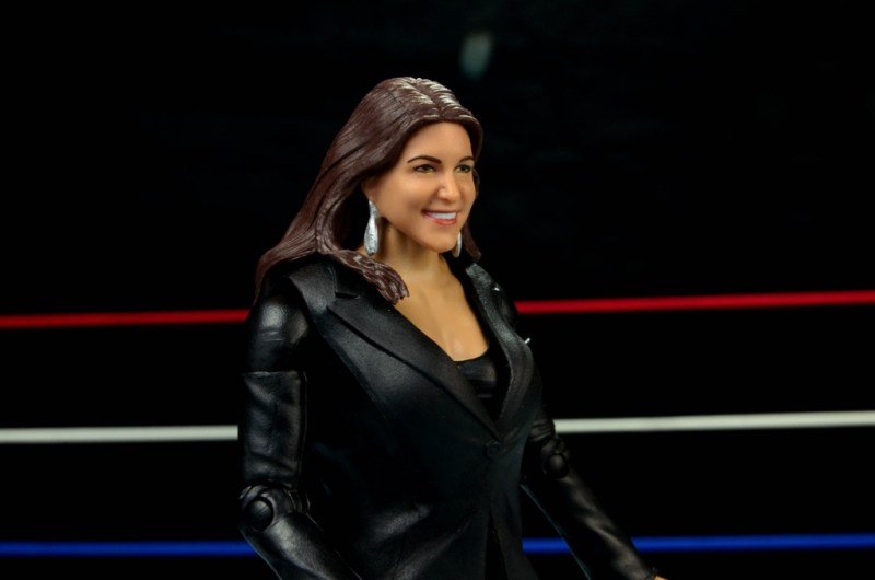 WWE Basic Stephanie McMahon - right side closer
