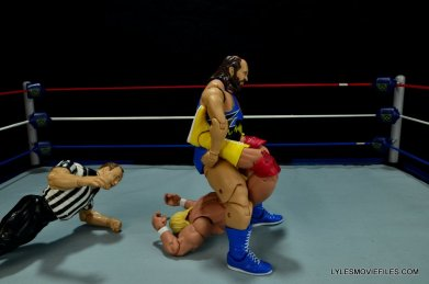 WWE Mattel Earthquake -boston crab on Hulk Hogan
