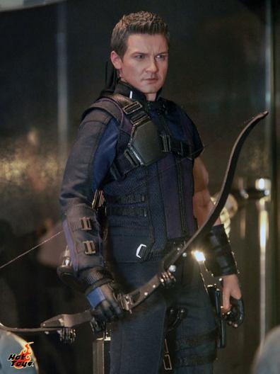 Captain America Civil War Hawkeye figure Hot Toys