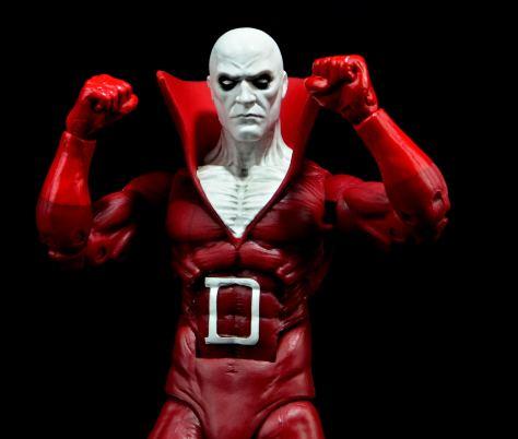 DC Icons Deadman figure review - fists up